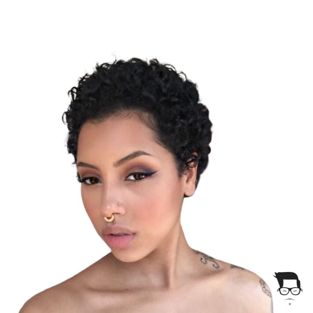 corte de cabelo cacheado curto