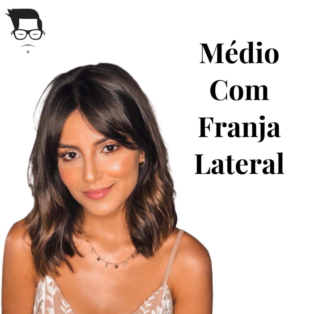 corte de cabelo feminino desfiado médio com franja lateral